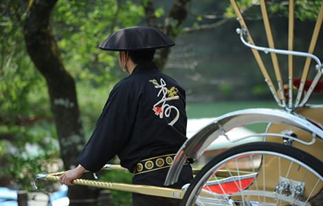 京都嵐山で始めて20年以上の歴史を持つ観光人力車