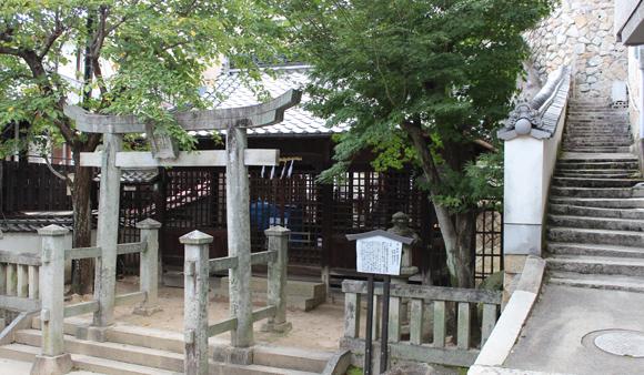 幸神社の小道